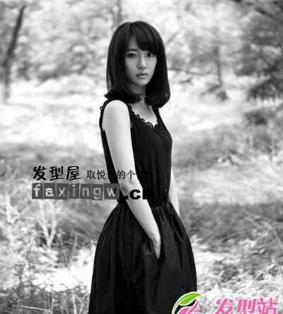 黄小仙发型 白百何清新黑白写真 精灵般直发梨花头图片