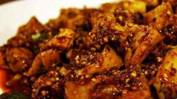 鸡肉炒什么好吃 鸡肉怎么做好吃 鸡肉的家常做法有哪些