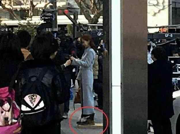 林嘉绮身高 168cm的杨颖也要垫木板!电视剧里的最萌身高差都是骗人的