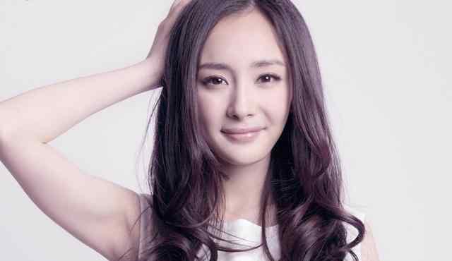 杨幂刘恺威小时候 杨幂藏了那么久的女儿终曝光,和杨幂童年照对比,一点也不像?