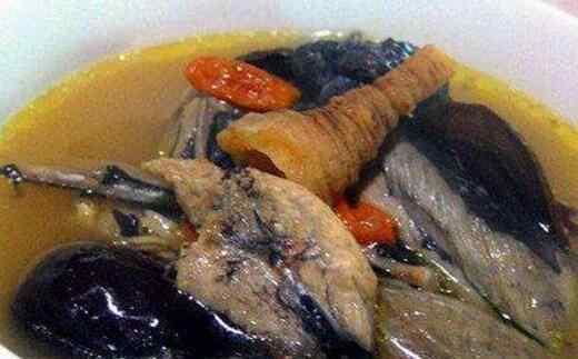青菜汤怎么做好喝 乌鸡汤如何做好喝 乌鸡汤的做法大全