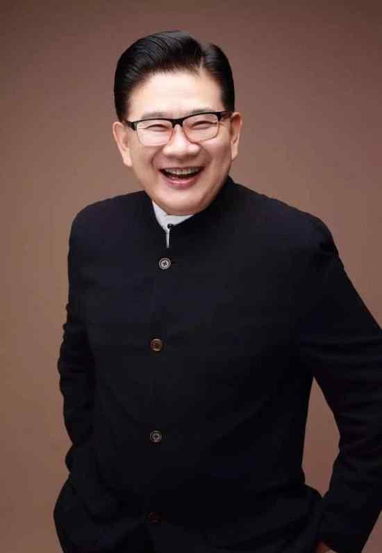 曹可凡死亡了吗 上海知名主持人曹可凡自杀是真的吗?本人发声明否认说了什么