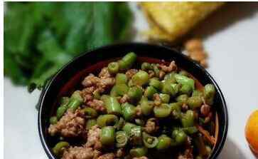炒豇豆的家常做法 炒豆角的家常做法