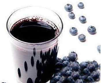 蓝莓汁 蓝莓汁的功效与作用 喝蓝莓汁的好处