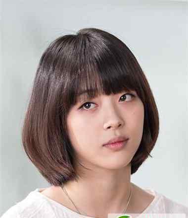 崔雪莉短发 崔雪莉不同造型回顾 长发短发一样时尚有魅力