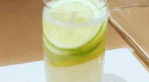 盐知母的功效与作用 盐柠檬水的功效与作用 喝柠檬水加盐有什么好处