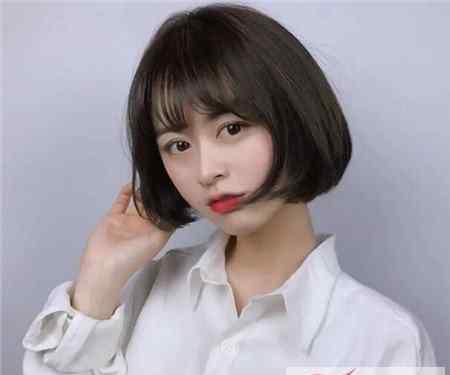 学生头短发发型图片 适合学生的短发发型女 青春又阳光校园学生头短发