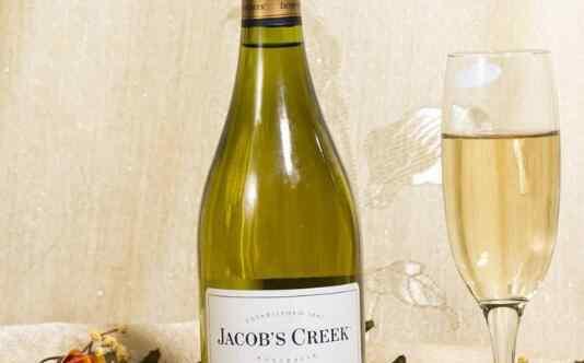 干白葡萄酒 干白葡萄酒的功效与作用 喝干白葡萄酒的好处