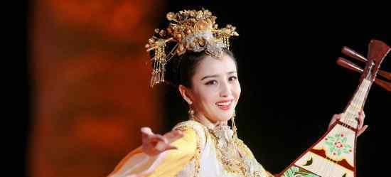新疆维吾尔族美女 佟丽娅是什么民族 新疆美女云集她们是什么民族