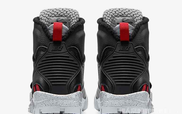 美式足球鞋 Nike全新美式足球鞋 霸气粗狂的野性力量