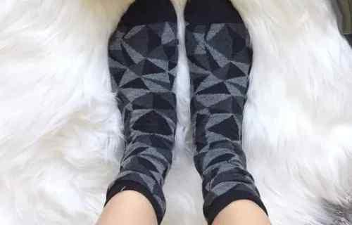 高帮鞋怎么穿 鞋子不小就是鞋口太紧怎么办,高帮鞋好难穿啊有什么技巧吗