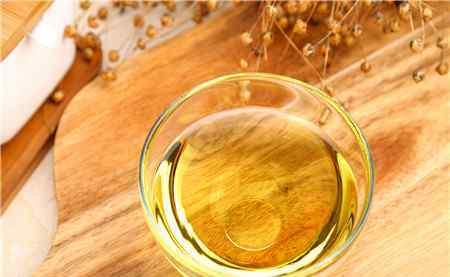 亚麻籽油多少钱一斤呢 亚麻籽油多少钱一斤