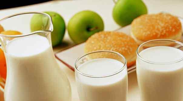 喝牛奶禁忌 喝牛奶的五大禁忌 喝牛奶要注意些什么