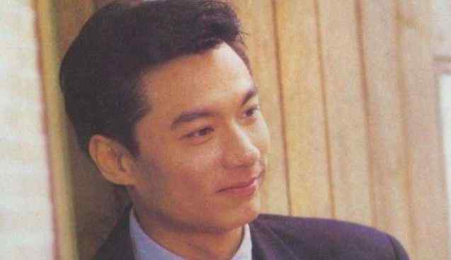 香港四大美男子 香港第一美男子,刘嘉玲林青霞都被迷倒,58岁破产被妻子抛弃