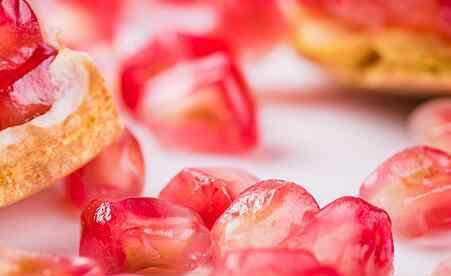 石榴酒的功效与作用 石榴酒的功效与作用