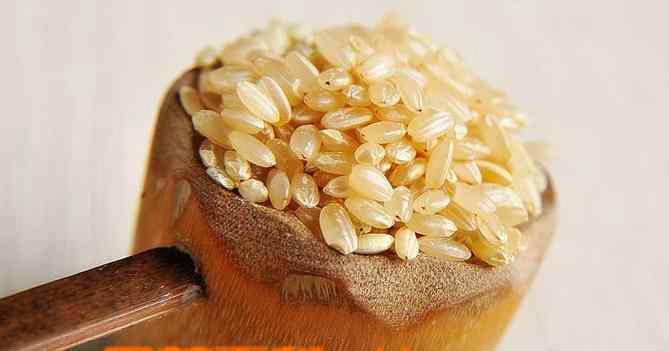 糙米茶的功效 糙米茶的功效与作用 糙米的食用方法