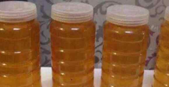 怎么辨别蜂蜜真假 一杯清水辨别蜂蜜真假 如何监别蜂蜜真假