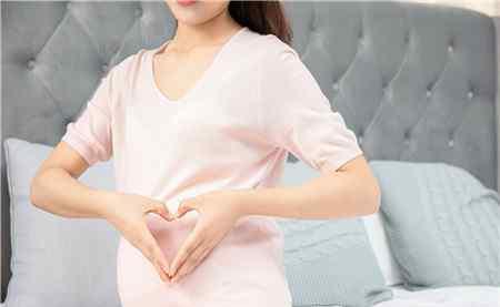乳房两侧痛是什么原因 孕妇乳房侧面疼是什么原因