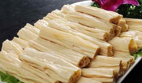 银耳炒腐竹 腐竹的功效与作用 吃腐竹的好处