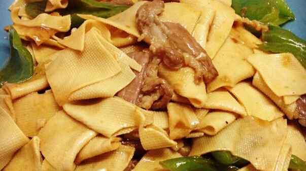 豆腐皮怎么炒 豆腐皮怎么炒好吃 豆腐皮的做法技巧