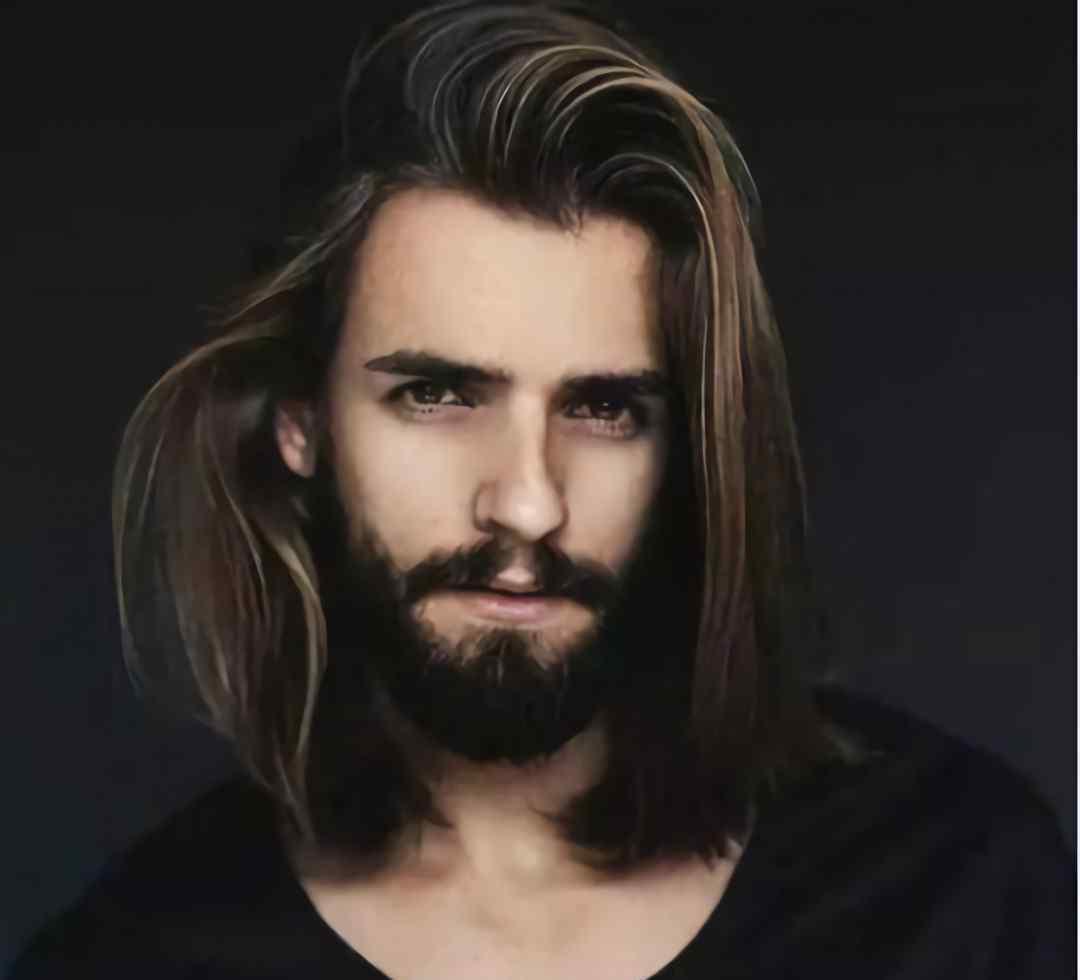 男生留长发有几种发型 男生留长发有几种发型 男生长发发型推荐