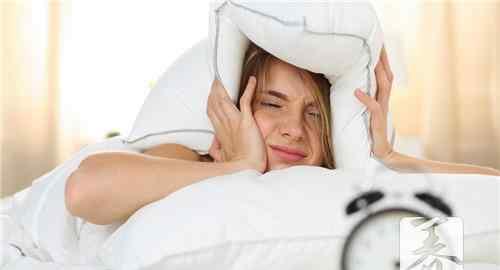 女人睡觉后半夜出汗 女人后半夜睡觉出汗