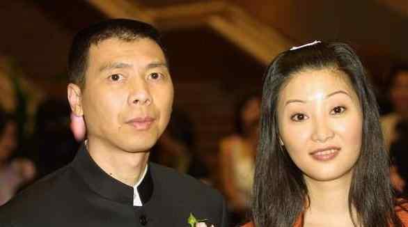 冯小刚前妻 冯小刚前妻是谁 冯小刚前妻近照曝光