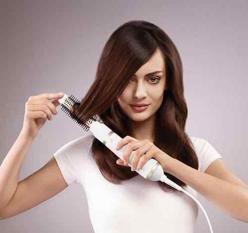 如何用卷发棒卷发 如何用卷发棒卷发?卷发棒卷发的工具有哪些?