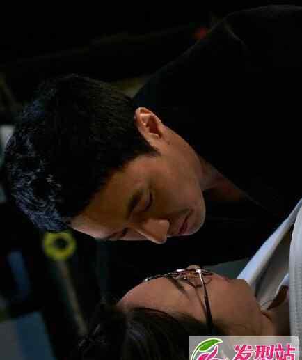 哦我的维纳斯 韩剧oh my venus金英浩姜珠恩吻戏第几集 Oh我的维纳斯苏志燮申敏儿接吻图片视频