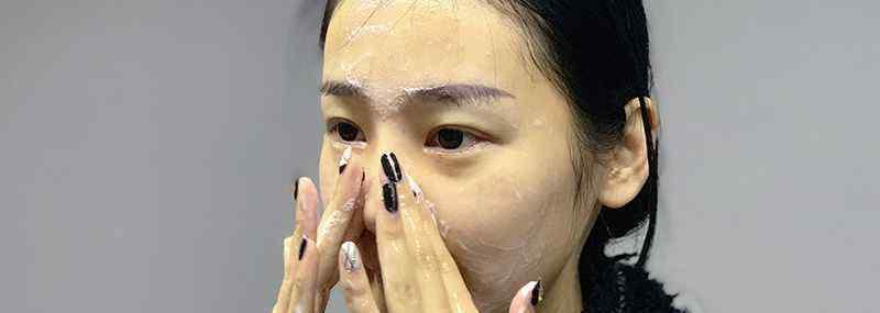 护肤到化妆的正确顺序 护肤化妆的正常顺序