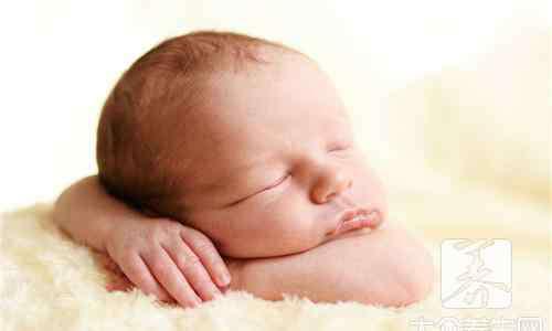 新生儿泪囊炎图片 新生儿泪囊炎症状图片