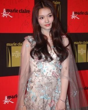 冯绍峰林允约会 女方曾否认恋情被指太做作