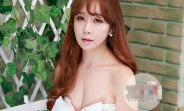【热议】韩女星家暴男友 帅气男友是被包养的不敢还手