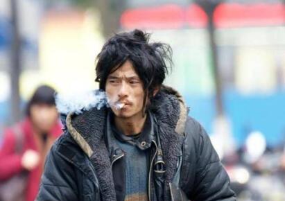 【热议】2019乞丐哥高飞为什么坐牢 快手乞丐哥真实身份曝光