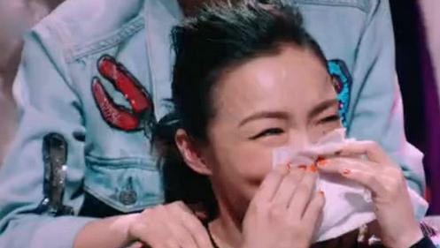 徐佳莹《歌手4》垫底痛哭男友比尔贾心疼 深扒两人恋爱史
