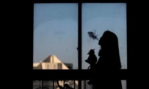 【关注】青少年吸烟率34% 女生吸烟人数也在暴涨