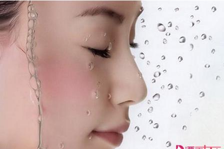 什么是化妆水 化妆水种类的区别