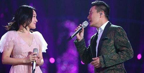 揭秘!45岁杨钰莹为何至今无人敢娶? 竟为他