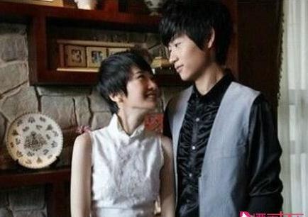 星动态:肖涵微博晒与老公合照  称与魏晨拍吻戏老公吃醋