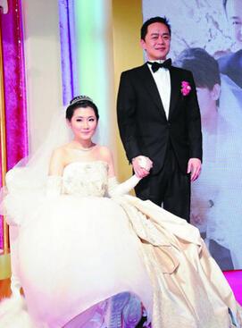 【图】Selina宣布离婚 烧伤后夫妻不能同床与张承中结婚属无奈