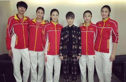 【热议】李宇春女排造型是怎么回事 李宇春参加了中国女排的拍摄吗