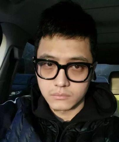 王宝强经纪人宋喆照片家庭背景曝光 已婚老婆是杨慧