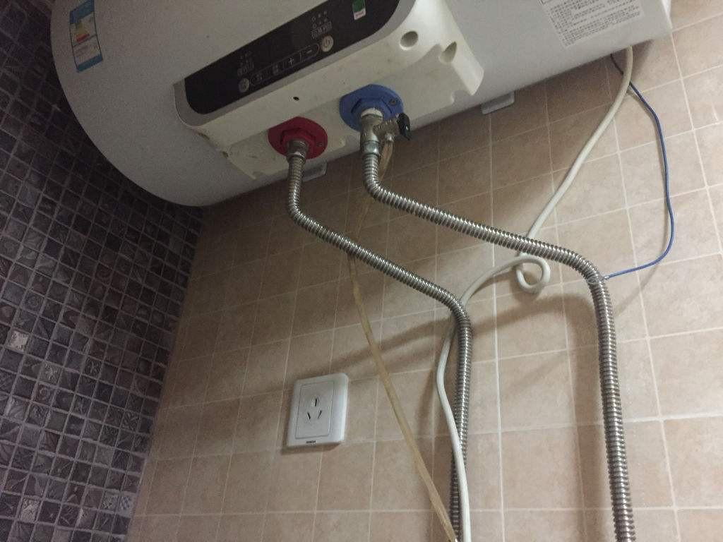 热水器水管漏水怎么办 热水器的水管有漏水现象如何解决
