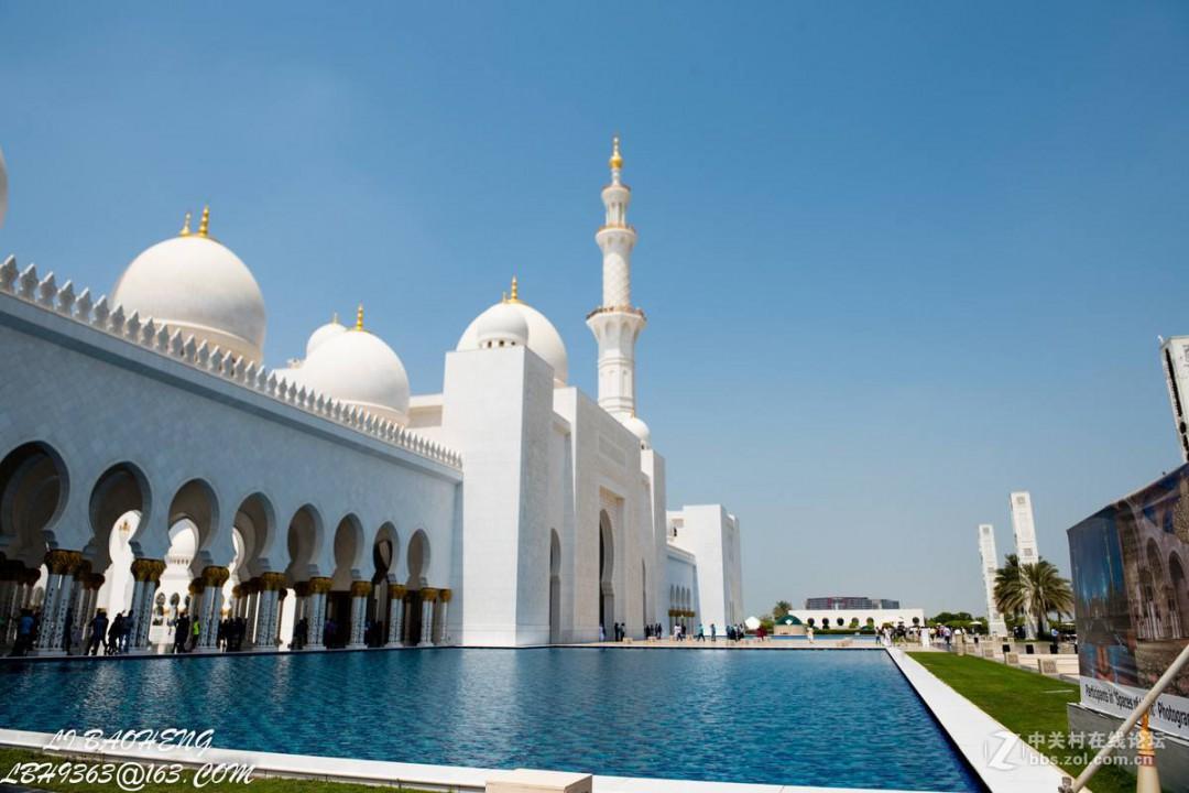 世界上最大的清真寺介绍 大家可以看看
