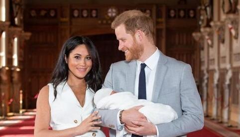 哈里王子夫妇每次发言或有880万报酬 为何放弃王室头衔