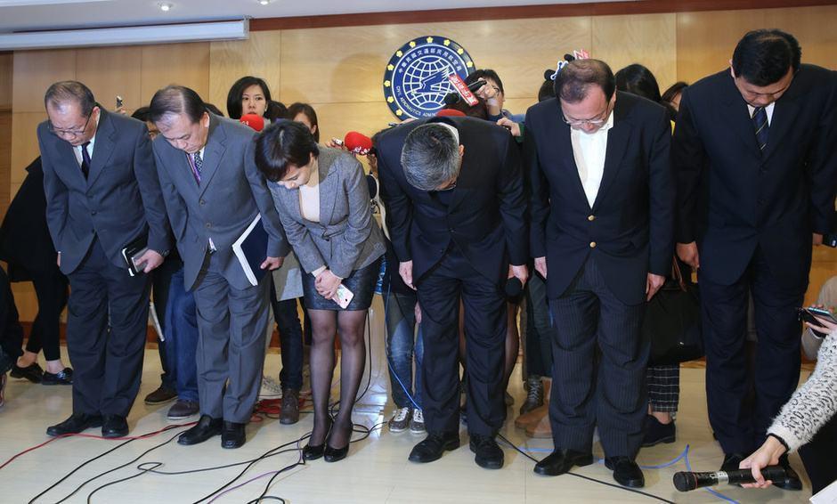 中国鞠躬礼仪 有如下三个事项