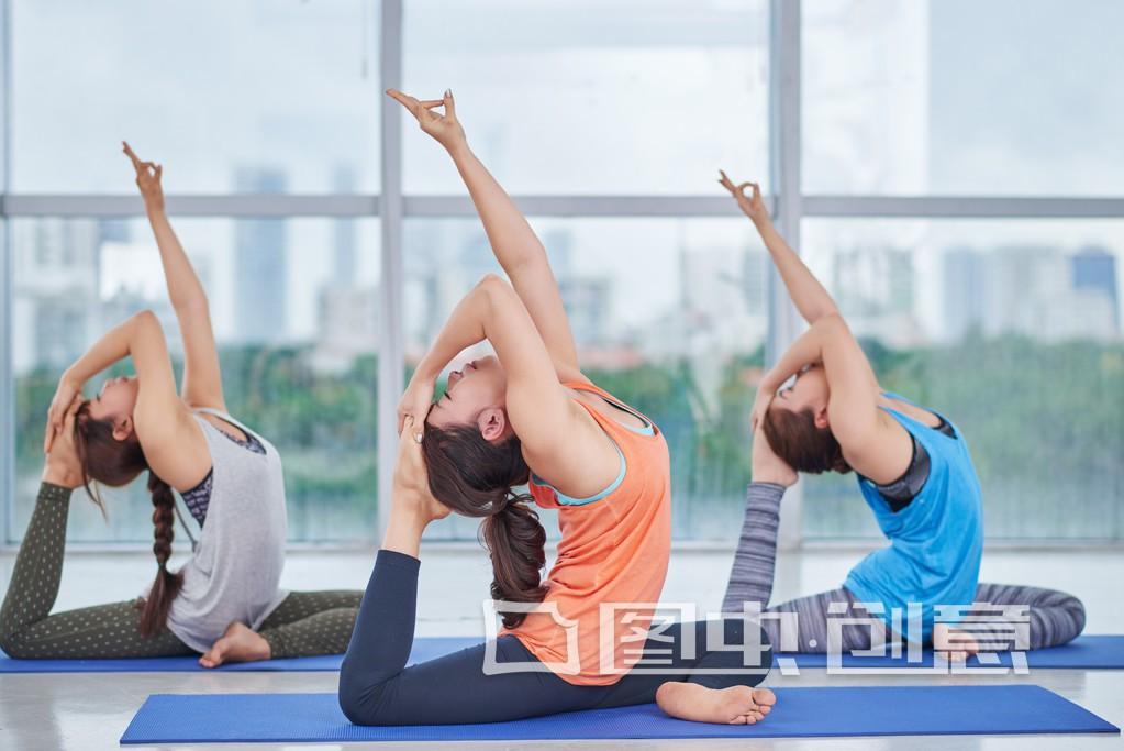 瑜伽练习时间 中午可以练习吗