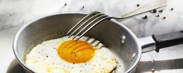 香油煎鸡蛋的做法 香油煎鸡蛋制作方法