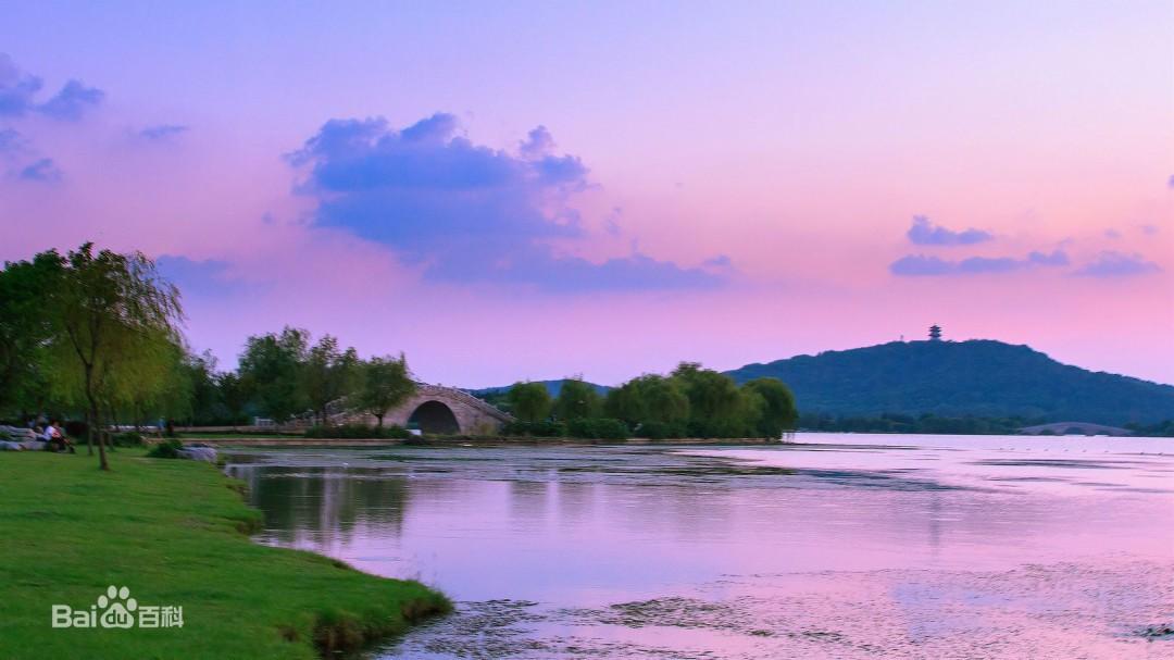 无锡蠡湖中央公园的简介 蠡湖中央公园的介绍