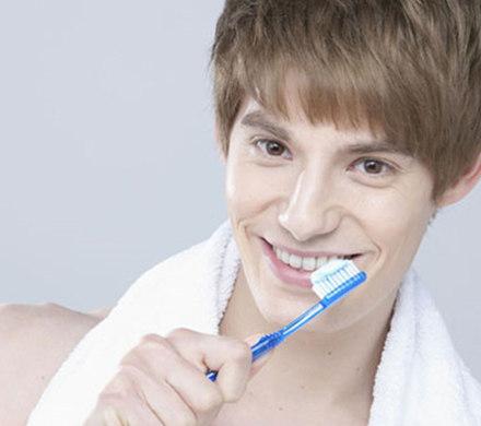 【图】男人抽烟牙黄怎么变白?  达人分享四大美白绝招